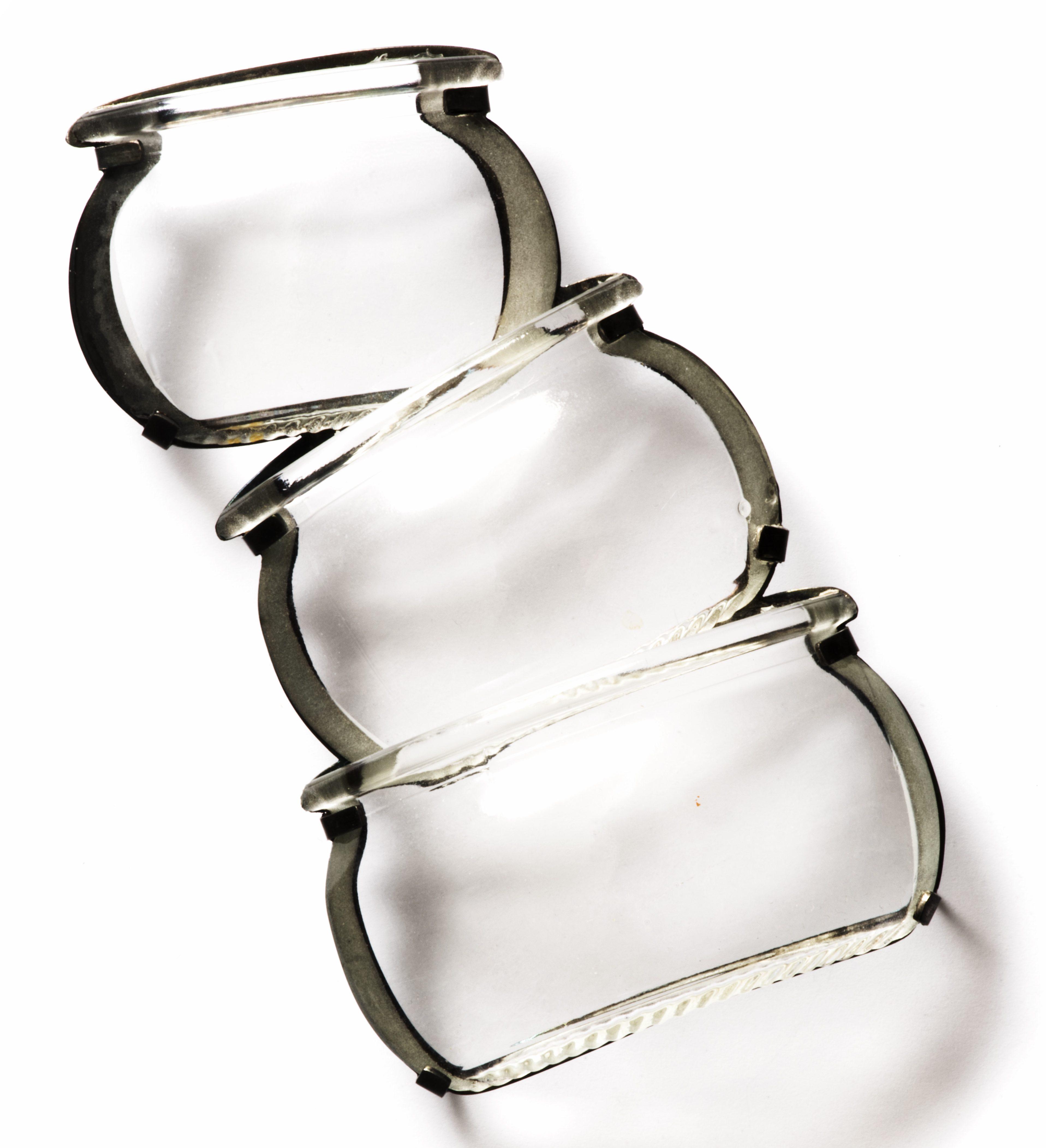 Gésine Hackenberg, Kitchen glass no 26, broche, 2012. Collectie Jorunn Veiteberg. Foto met dank aan Nordenfjeldske Kunstindustrimuseum, Guri Dahl©