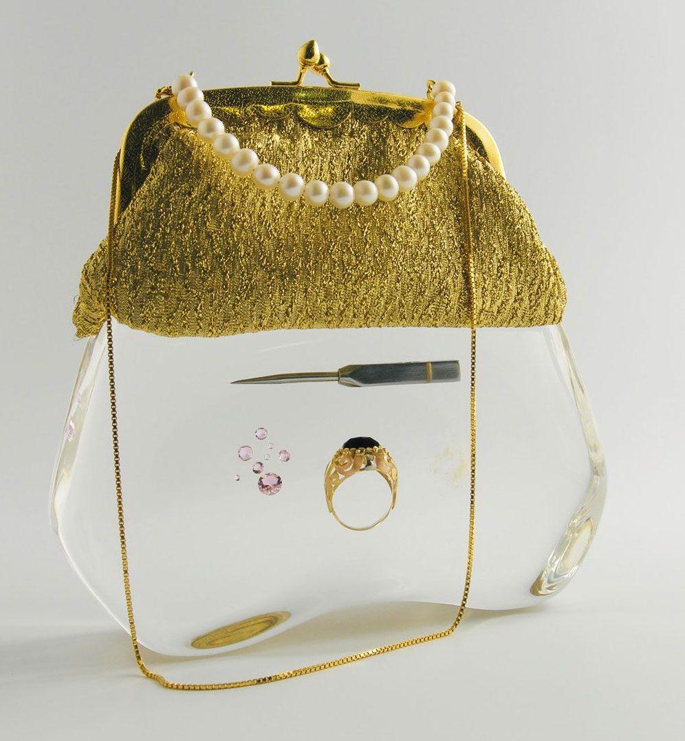 Ted Noten, Bitch Bag (Icepick Bag), 2005. Collectie Marion Fulk. Foto met dank aan Katonah Art Museum©