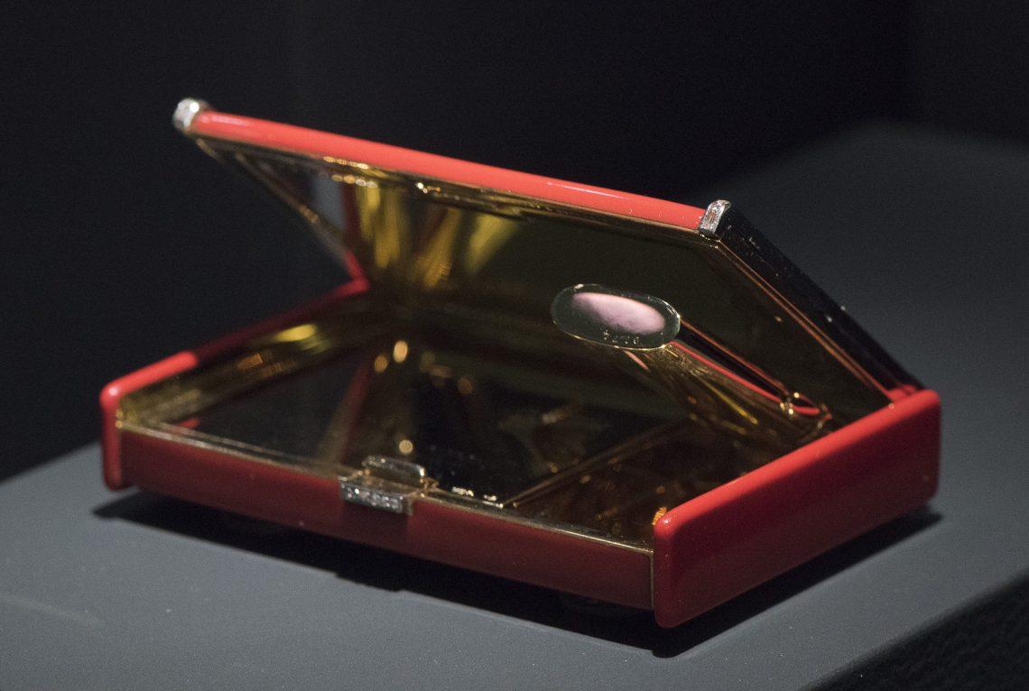 Van Cleef & Arpels, 1930. Ost trifft West, Aga Khan Collection, 2018. Foto met dank aan Schmuckmuseum Pforzheim, Petra Jaschke©