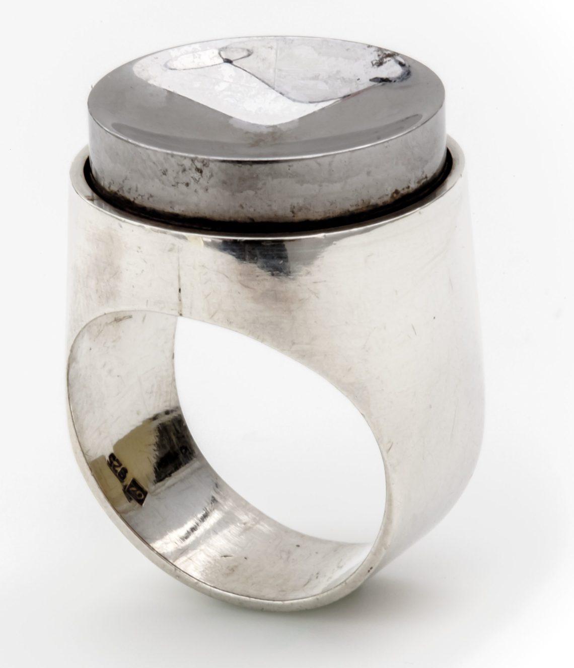 Othmar Zschaler, ring, 1957. Collectie Ida Boelen-van Gelder. Fotografie Aldo Smit©