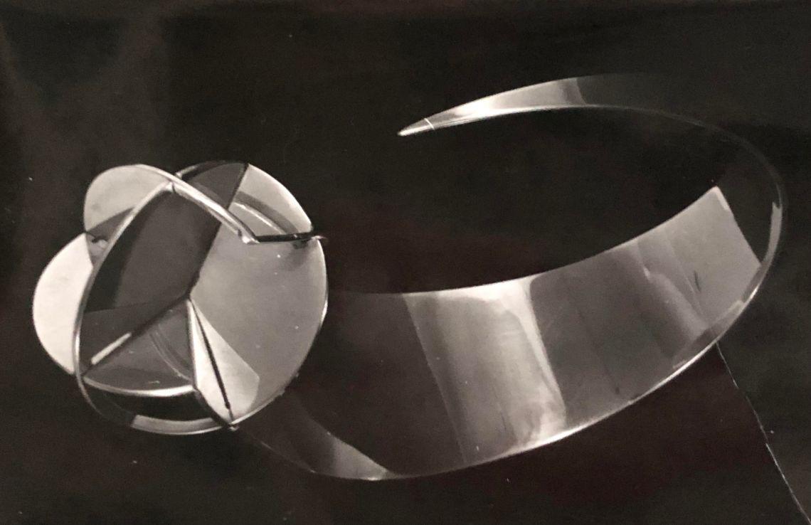 Nicolaas van Beek, armband, collectie Riet Neerincx. Foto met dank aan Clara de Goede©