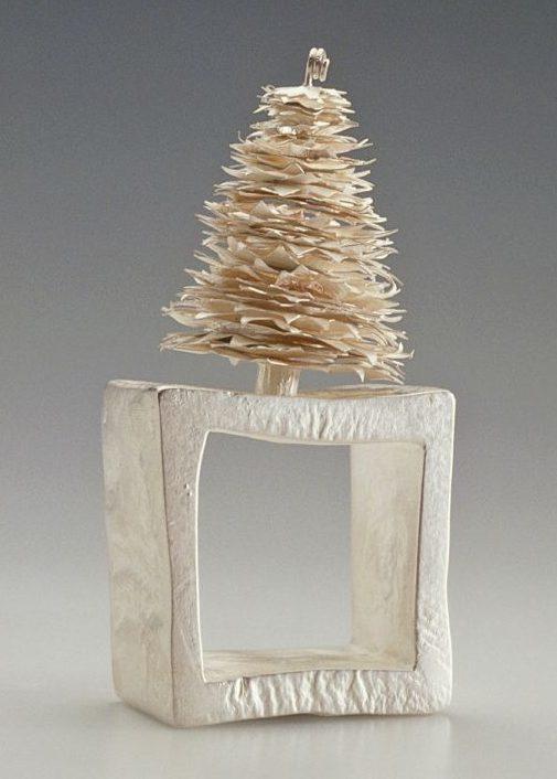 Sita Falkena, Little tree, ring, 1995. Foto met dank aan Sita Falkena©