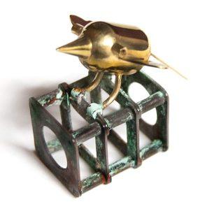 Barbara Paganin, Amulet, broche, 1993. Marzee Collectie. Foto met dank aan Museo del Gioiello©