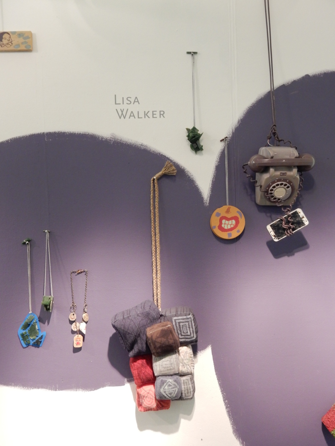 Lisa Walker in Galerie Ra. Foto Esther Doornbusch, december 2018©