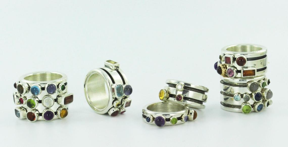 Agathe Saint Girons, Revolution Rings, ringen. Foto met dank aan Galerie Elsa Vanier©