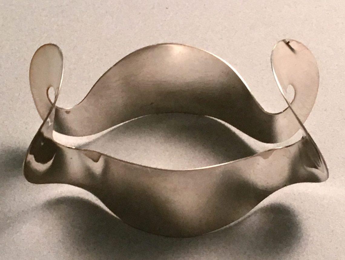 Joke Gallmann, armband, 1968, collectie CODA (bruikleen RCE). Foto met dank aan Liesbeth den Besten©