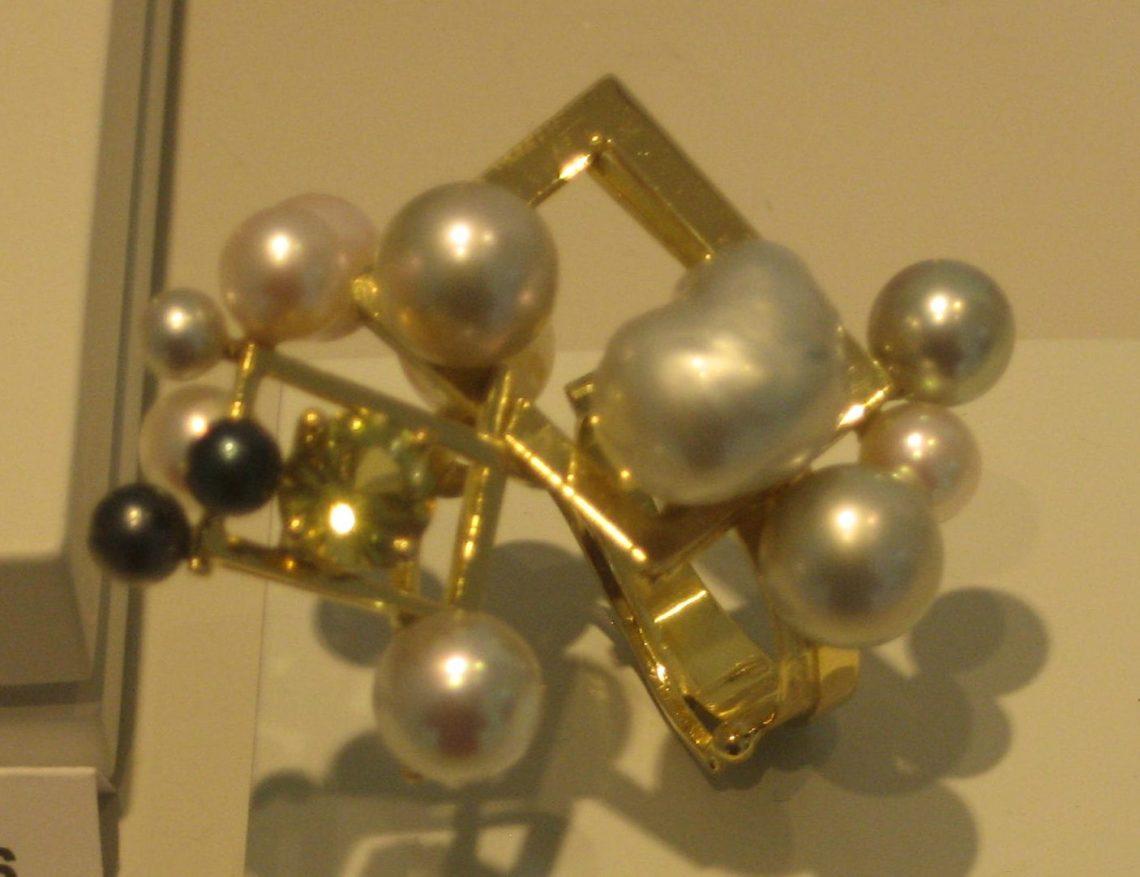 Anneke Schat, Sparkling Bubbles VI, ring, 2018. Museum Van der Togt, 24 februari 2019. Foto Esther Doornbusch, CC BY 4.0