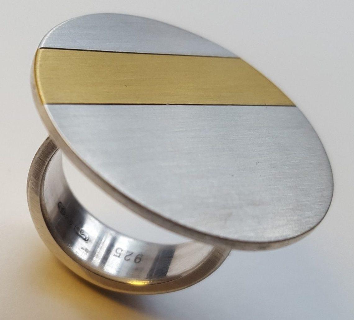 Karel Betman, ring, circa 2018. Foto met dank aan Galerie Beeld & Aambeeld©