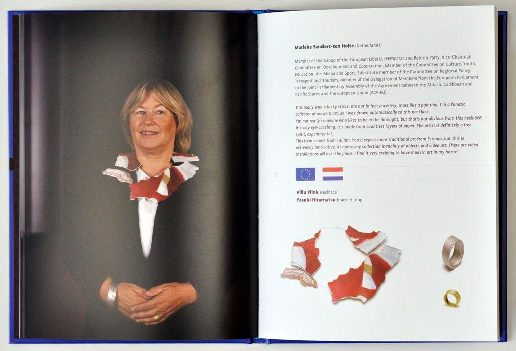 Jewellery, the choice of the Europarilament. Foto met dank aan Galerie Marzee©