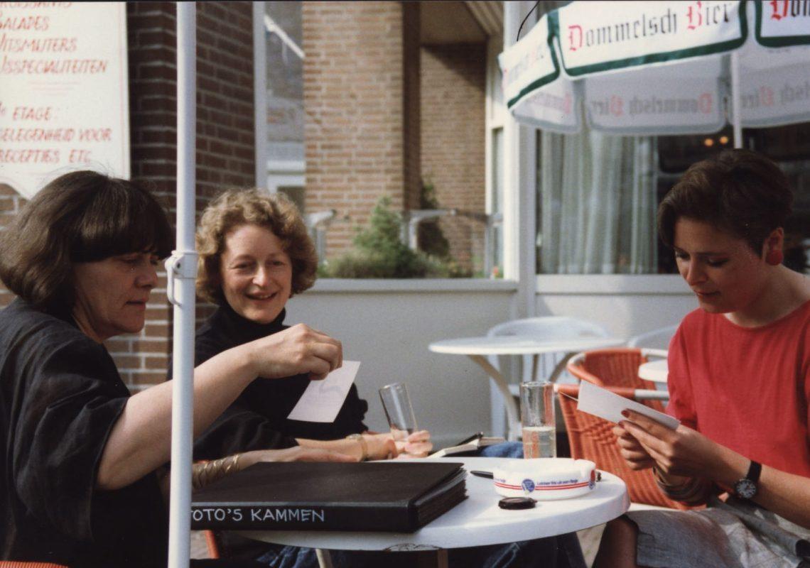 Selectie van kammen door Marie-José van den Hout, Marjan Unger en Marijke Hilhorst, 1989. Foto met dank aan Galerie Marzee©