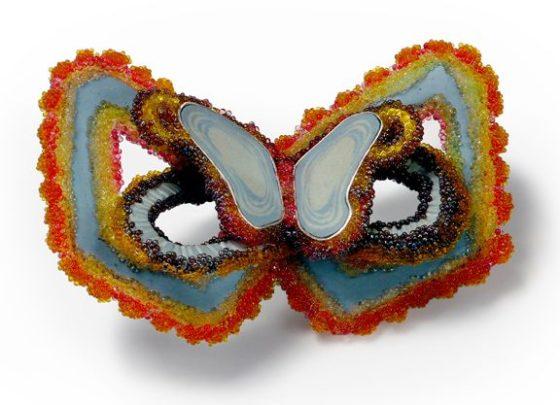 Andrea Wagner, Lepidoptera Reef Enclave, broche, 2013. Foto met dank aan Andrea Wagner©