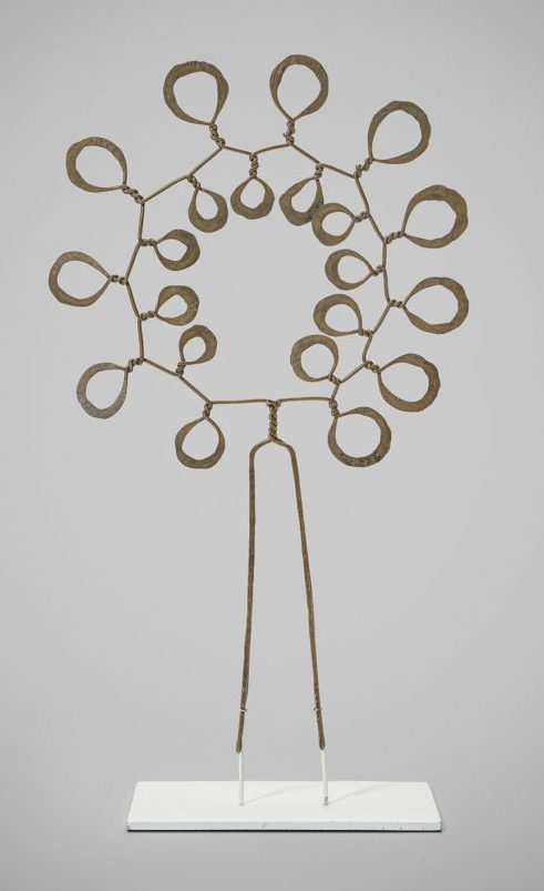Alexander Calder, Flower Head Piece, 1940. Courtesy of Louisa Guinness Gallery©