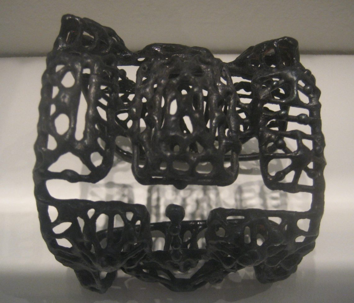 Ferdi, armband, 1953-1955. Collectie Giotta Tajiri. Foto Esther Doornbusch, CC BY 4.0
