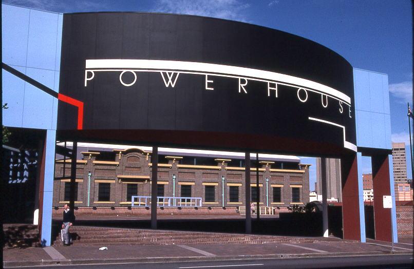 Powerhouse Museum, 2007. Foto met dank aan Wikimedia Commons, Sardaka, CC BY-SA 3.0