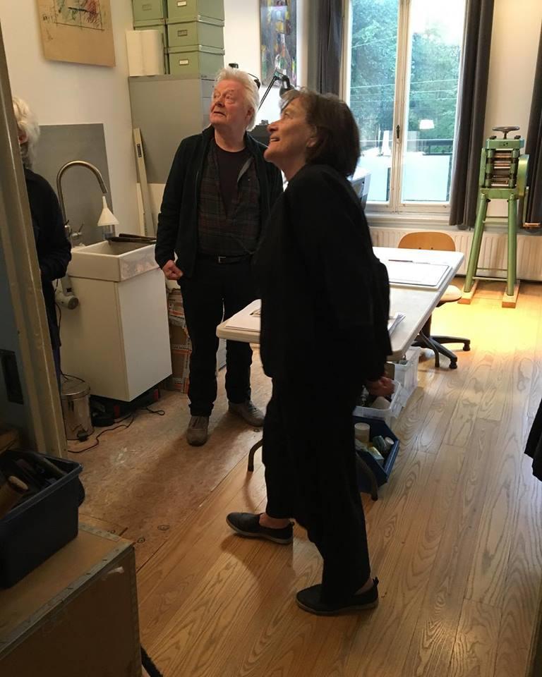 Robert Smit en Marie-José van den Hout in het atelier van Robert Smit, oktober 2018. Foto met dank aan Galerie Marzee©