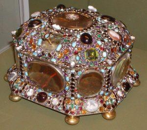 Juwelenkist, einde 17e eeuw. Juwelen! Schitteren aan het Russische hof, Hermitage, Amsterdam, 2019. Foto met dank aan Sate Hermitage Museum, St Petersburg©