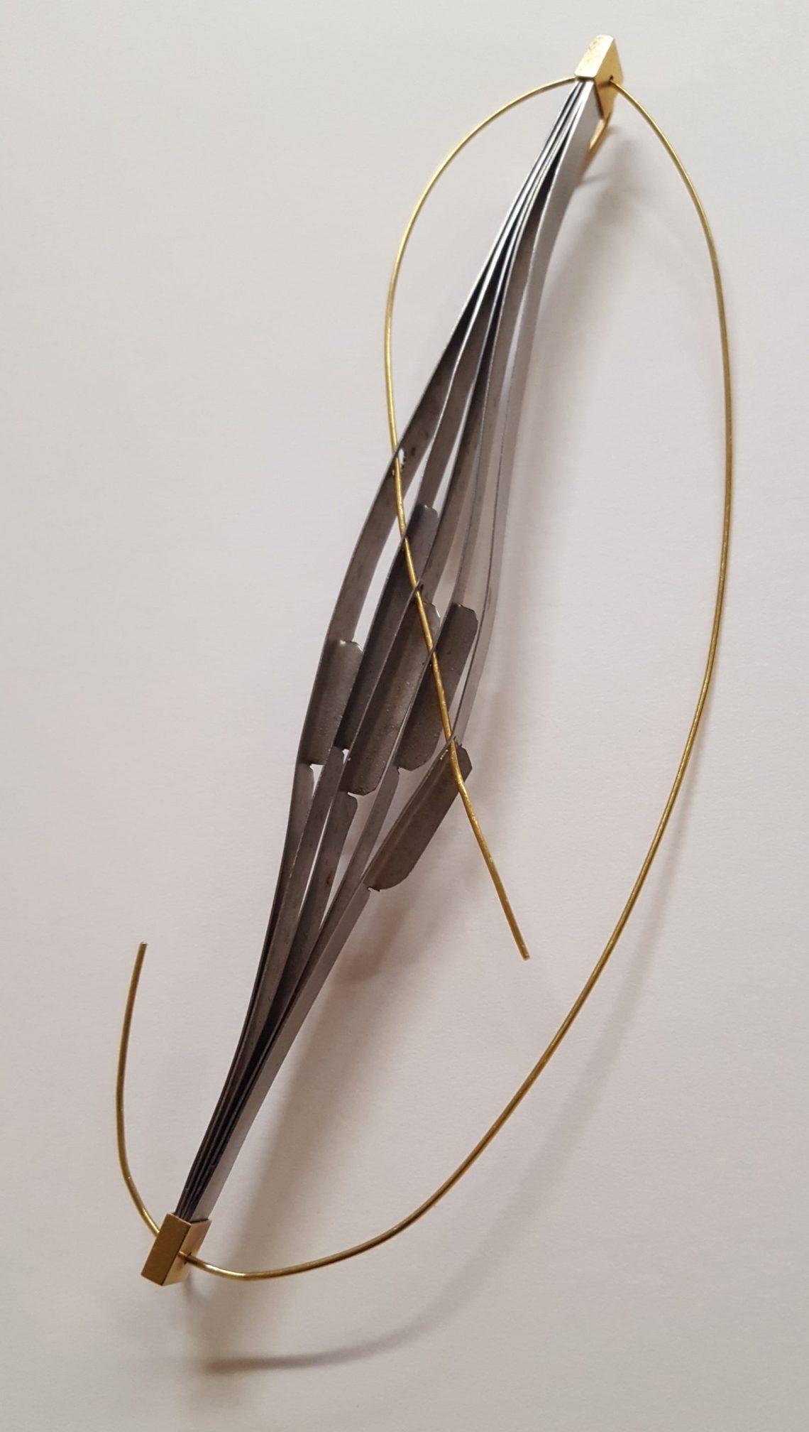 Fumiko Tsubo, broche. Collectie Betman & Haveman. Foto met dank aan Galerie Beeld & Aambeeld©