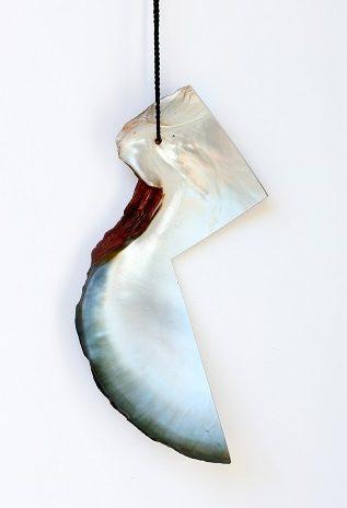 Warwick Freeman, halssieraad. Foto met dank aan Galerie Wittenbrink©