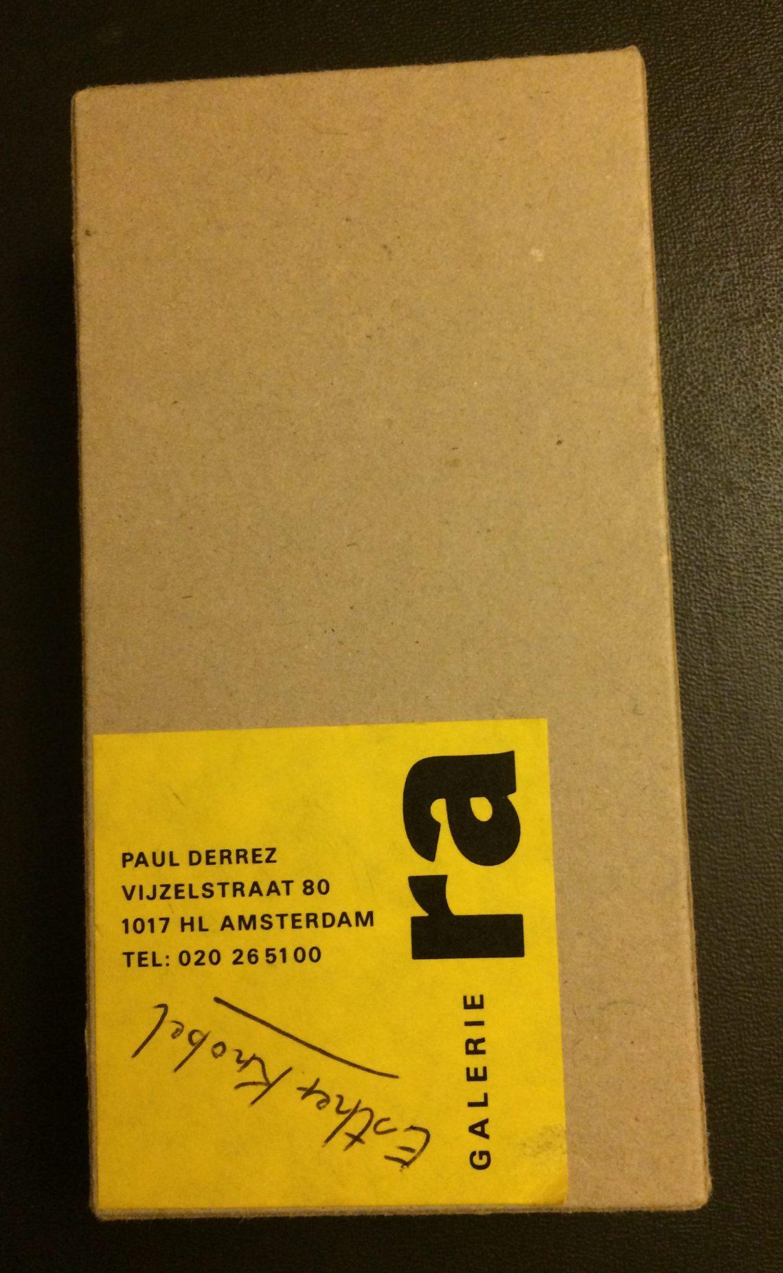 Verpakking Galerie Ra broche Esther Knobel, circa 1993. Foto met dank aan Mattie Boom©