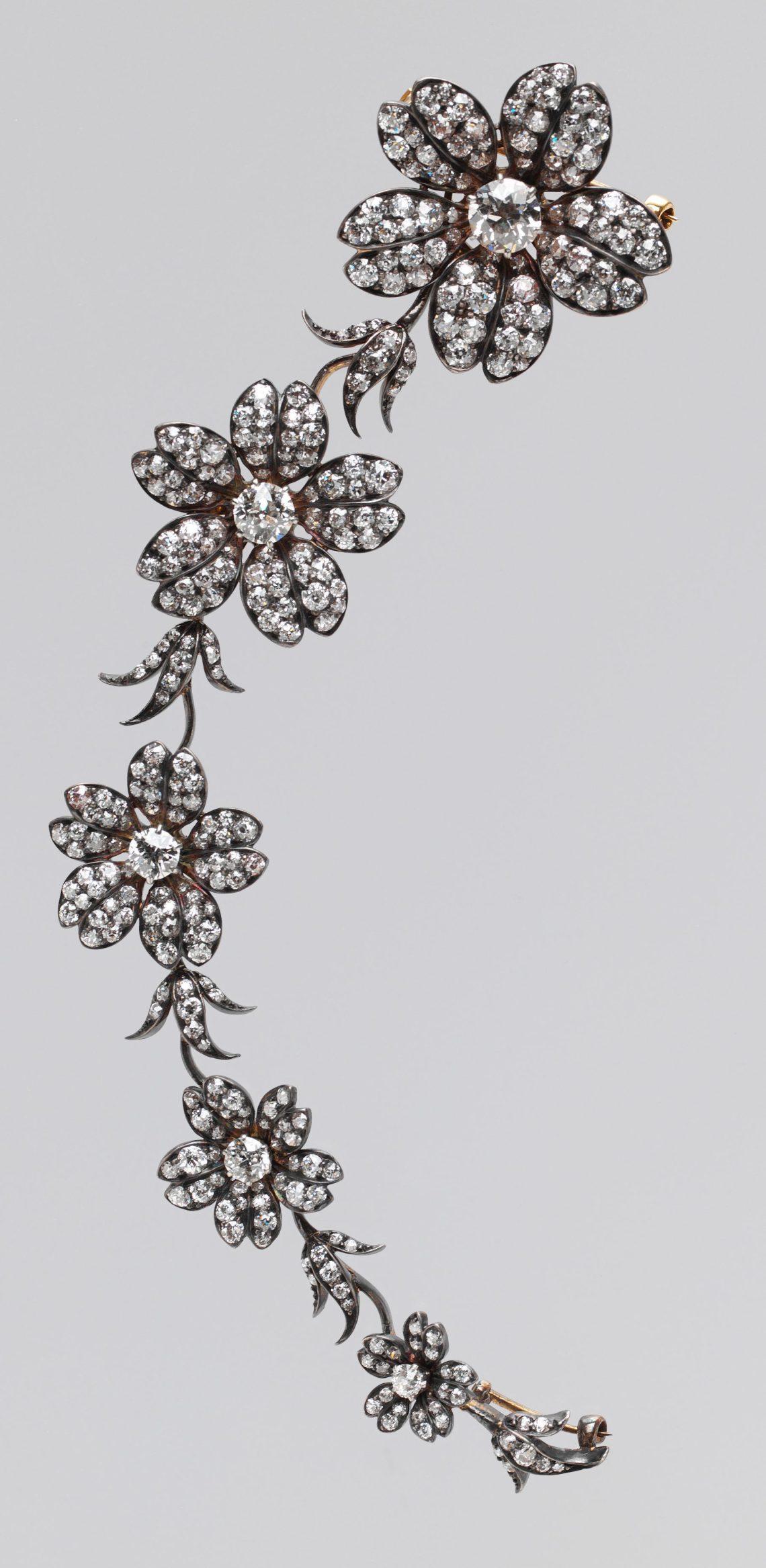 Tiffany & Co., broche, 1880-1895. Collectie Metropolitan Museum of Art, 41.84.20a-f. Foto met dank aan Metropolitan Museum of Art©
