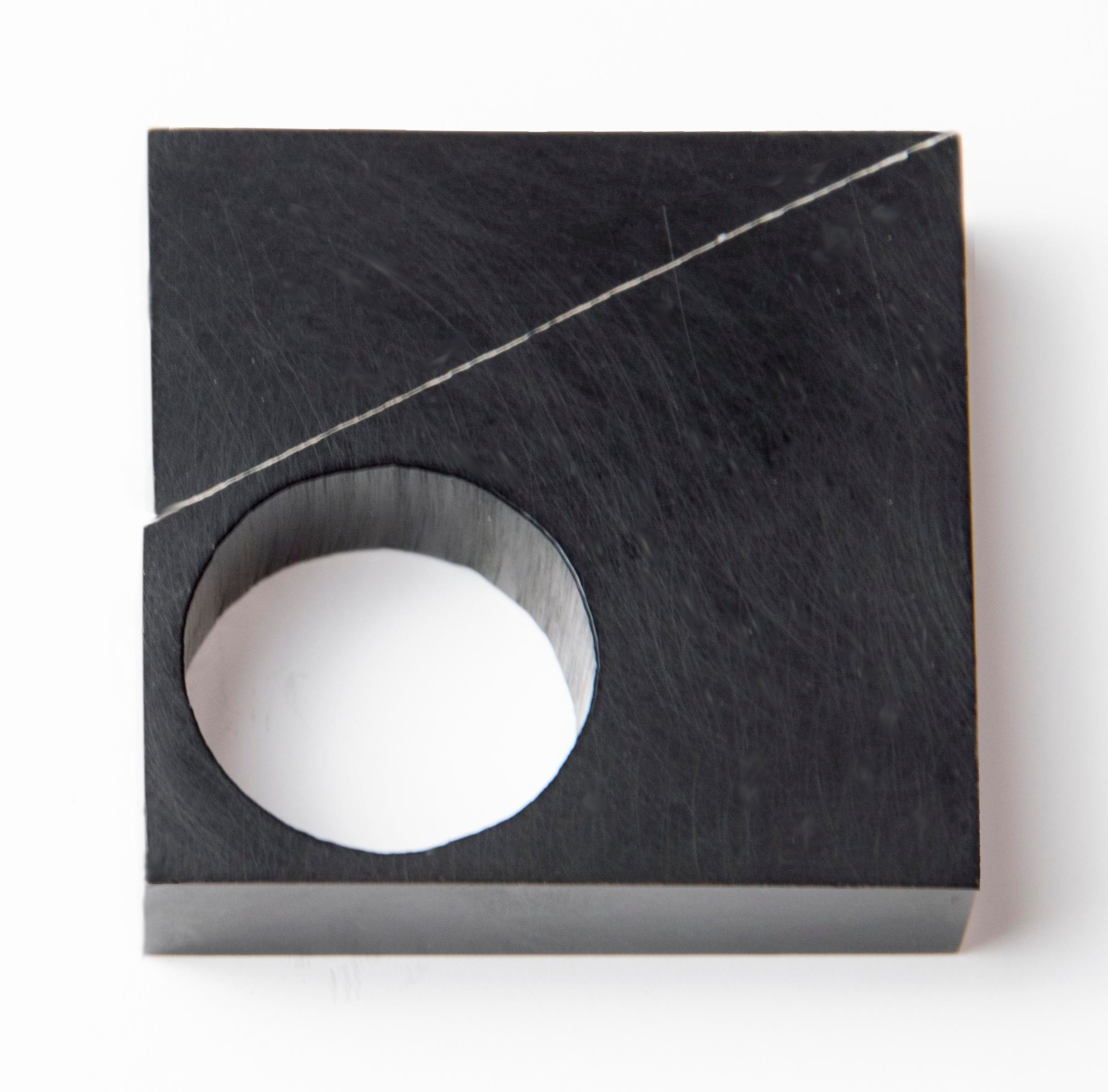 Joke Brakman, Wijsvingerring, ring, 1982. Foto met dank aan Joke Brakman©