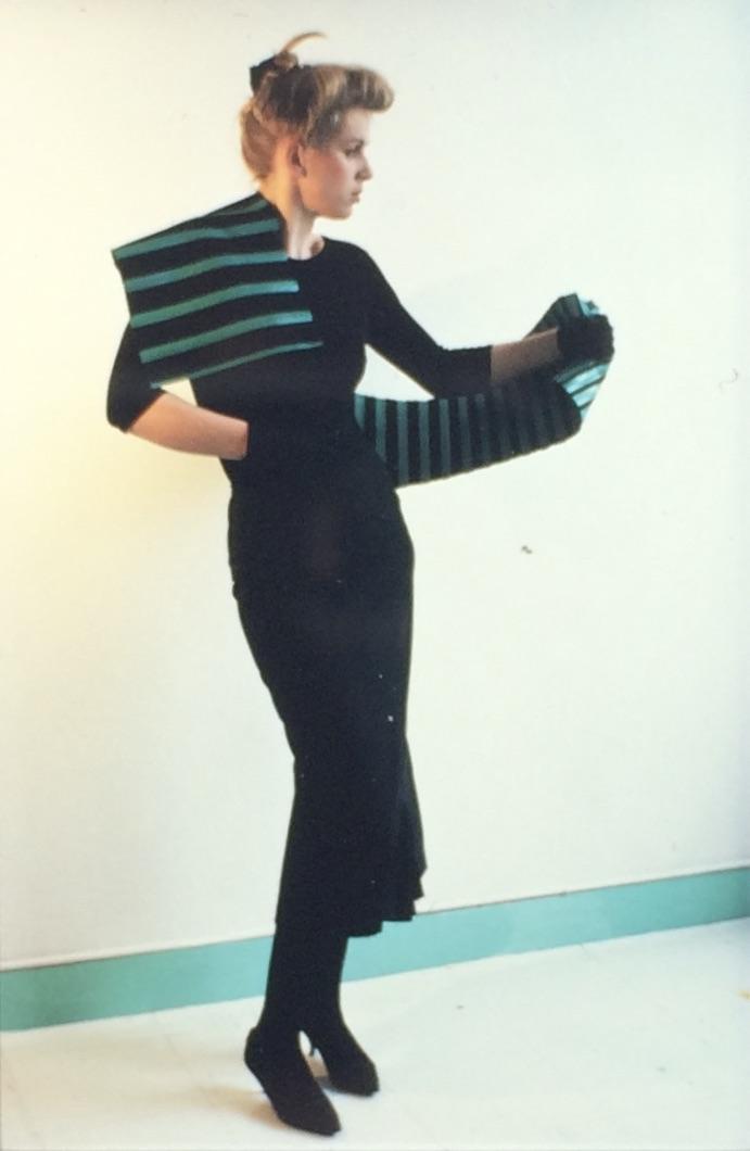 Joke Brakman en Claudie Berbée, Over-all 10c, 1984, textiel